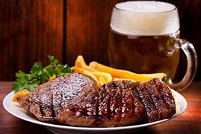 Steaks in Pils-Mariande
