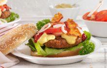 Burger mit Bacon